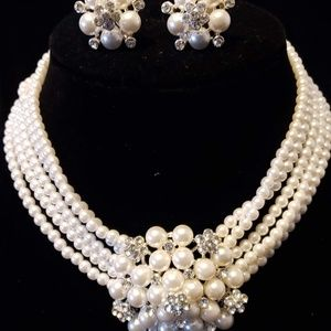 Jewelry - Pearl and Crystal Choker